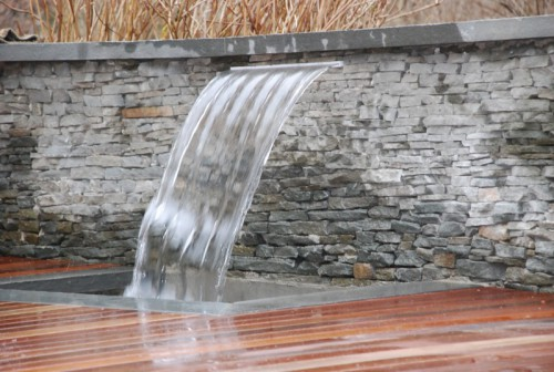 water_falls_fountains_rooftop_garden_design_NYC_Waterfall Planter