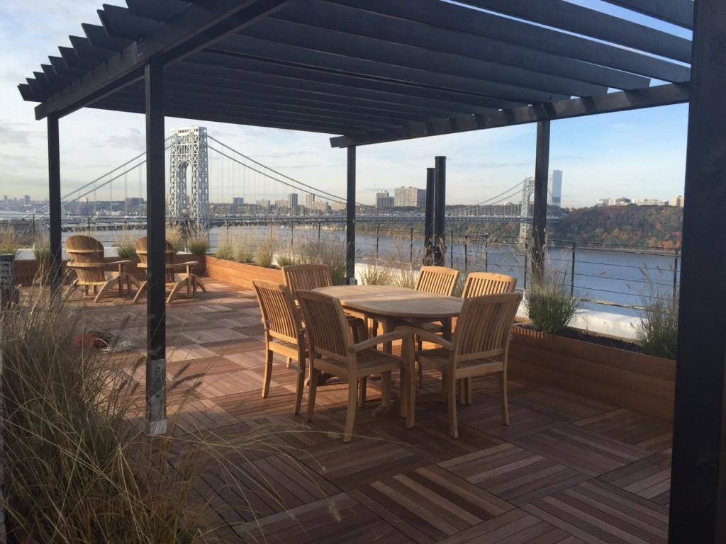 nyc-roof-decks-new-york-decking-3-1-1024x768