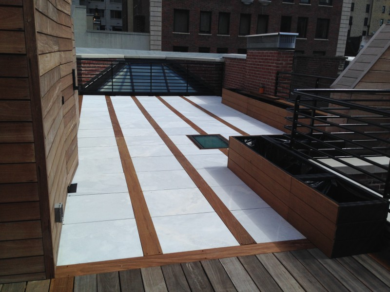 nyc-roof-decks-new-york-decking-terraces-rooftop-design_4761