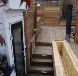 outdoor_showers_new_york_deck_builder